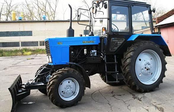 Аренда Трактор МТЗ-82 отвал/плуг/косилка в Рузе